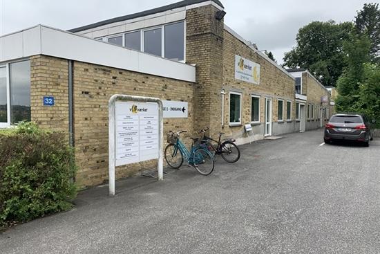12 - 135 m2 kontorfællesskab, kontor, klinik i Åbyhøj til leje