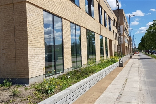 157 m2 kontor, butik, klinik i Rødovre til leje