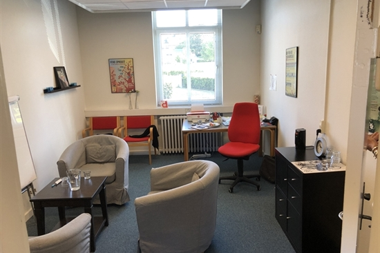 15 m2 kontor, klinik, kontorhotel i Næstved til leje