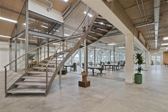 96 m2 kontor, kontorfællesskab, showroom i Århus N til leje