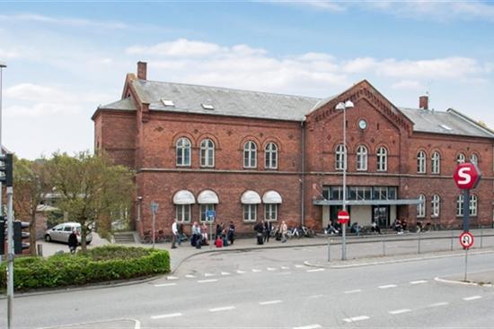 10 - 15 m2 kontorhotel, kontor, klinik i Hillerød til leje