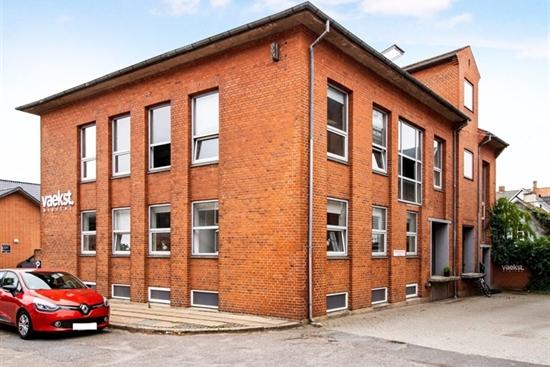 785 m2 butiksejendom i Kolding til salg