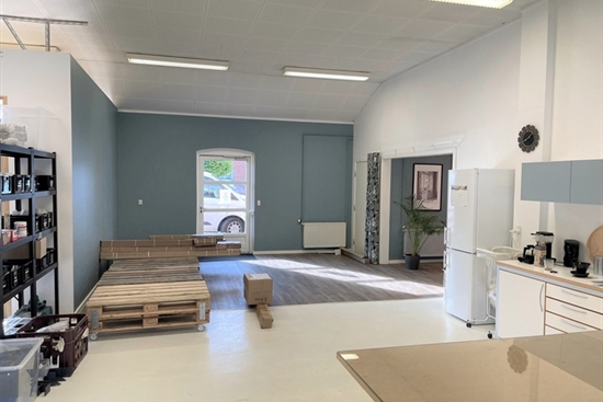 200 m2 lager i Karlslunde til leje
