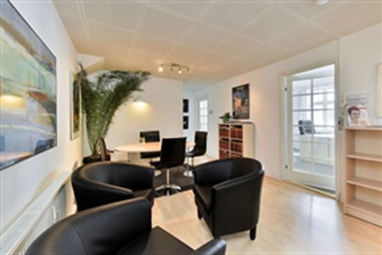 14 m2 kontor i Århus C til leje